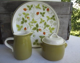 Vintage Mikasa Everfresh Green Sugar Bowl and Creamer works with Strawberry Hill
