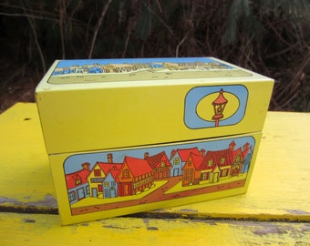 Vintage Yellow Town Bakery Recipe Card Box Index Card Metal Box Syndicate Mfg. Co