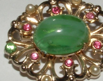 coro signed brooch BIG GREEN GLASS cabachon stone 1950s vintage