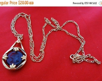 """20% off sale Vintage AVON signed gold tone 28"""" necklace with purple intaglio cameo 1.5"""" pendant in great condition, appears unworn"""