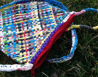 Plarn Purse - Plastic got the giggles!, Lined with Zipper