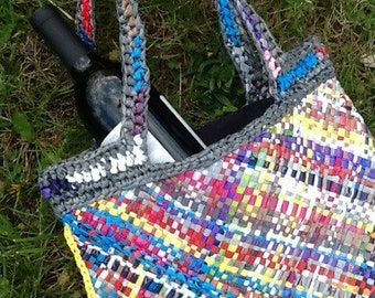 Plarn Tote - Plastic got the giggles!, Lined