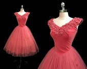 Vintage 1950s Pink Velvet and Tulle Rhinestone Appliqued Cocktail Party Prom Dress S