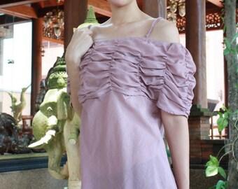 SALE 22 USD--B123--Lovely cotton blouse.