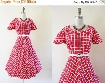 ON SALE 40s Dress - Vintage 1940s Dress - Red White Windowpane Plaid Cotton Full Skirt Sundress L - Leap of Faith