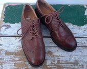 Oxford Shoes, Leather Brogues, Vintage Shoes, Size US 8 / Euro 38 / UK 5.5  Womens Brown Shoes, Lace Up Flats, Preppy Prepster Hipster ALDO