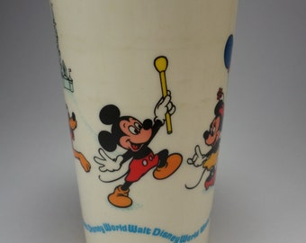 Free Shipping, Disney World, Mickey Mouse Plastic Cup, Children's Tumbler, Disneyana, Souvenir, Donald Duck