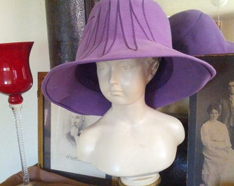 Vintage 60s Touriste Made in Switzerland Mod Purple Felt Wool Ladies Bucket  Hat