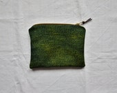 Green purse woven eco dyed pouch natural ethical sustainable boho bohemian minimalist manbag cosmetics toiletries travel keys phone wallet