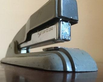 Vintage Swingline 27 Grey Metal Office Stapler.