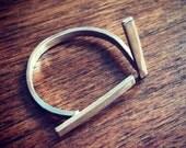 Offset Bar Ring