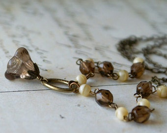 Earthy - Vintage Inspired Necklace