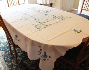 """Vintage 1980s Chinese Blue Floral Applique White 68"""" by 88"""" Rectangular Tablecloth"""