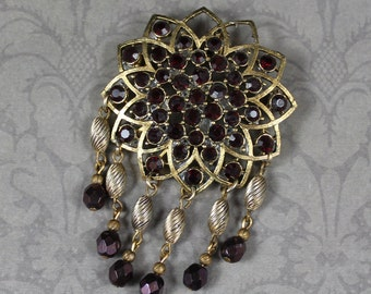 Vintage Dangling Gold Garnet Red Rhinestone Star Brooch