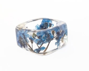 Forget Me Nots Resin Ring. Botanical Pressed Flower Resin Jewelry.  Square Band Ring. Handmade Resin Jewelry with Real Flowers