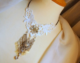 Bohemian White Lace & Chains necklace