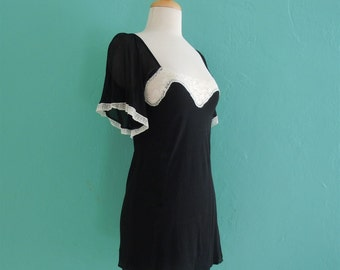 vintage black lace trimmed tunic top