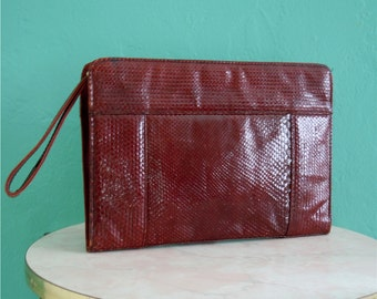 vintage 70's oxblood snakeskin clutch // bordeaux envelope clutch // leather clutch