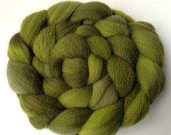 Hand Dyed Merino Roving - Green Monster - Merino Spinning Wool - Merino Felting Wool - 4 ounces Hand Dyed Top