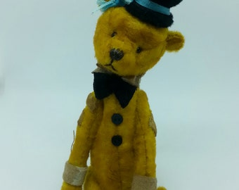 "Miniature Artist Bear 4"" from Bella Boo & me"
