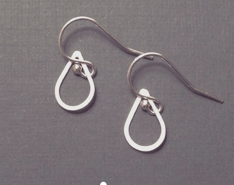 Sterling Silver Handmade Raindrop/Teardrop Earrings - Minimal Earrings - Perfect Gift - Eternity - Minimalist - Simple Everyday
