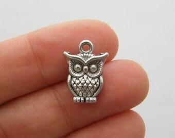 10 Owl charms antique silver tone O83