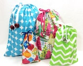 Cloth Christmas Gift Bag Set of 4 - Various Sizes - Drawstrings with Jingle Bells
