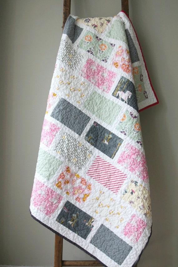 Modern Unicorn Quilt Throw Blanket Nursery Bedding Children