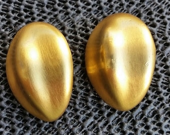 Vintage  gold Plated Earrings Clip-on signed ANNE KLINE