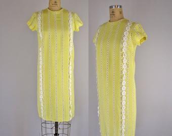 vintage 1960s dress / 60s L'Aiglon dress / Daisy Chain dress