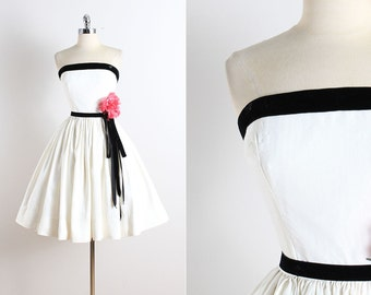 Vintage 50s Dress | vintage 1950s dress | floral corsage medium | 5791