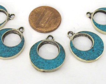 4 pieces  - Tibetan silver donut disc shape charm pendants with turquoise inlay - PM509B