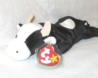 TY Beanie Baby Daisy the Cow - 105a