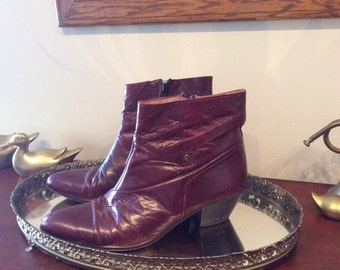 Vintage Bordeux Red Leather Pointed Toe Booties Size 9