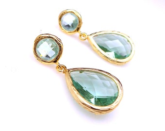 bridal bridesmaid gift party caribbean sea foam pale green quartz teardrop with gold frame gold round post earrings green amethyst color