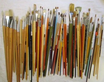 90 vintage PAINTBRUSHES - used paint brushes, large assortment, artist supplies