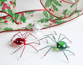 Small  Spiders Red Green White Spiders Handmade Wire Spiders Cute and Unique Gift for Entomologist Birthday Gift For Him Man Cave Decor