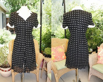 1990's Evan Picone Black and White Polka Dot dress White Cuffs & Collar Size 6 Vintage REtro 90's Gone 40's Chiffon Like Classic