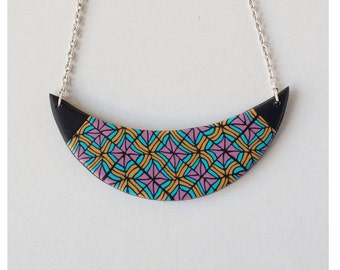 Geometry collection . Geometry necklace in pink