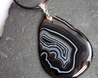 The Edge of Night - Black and White Banded Agate Leather Necklace