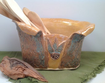 Kitchen Utensil holder/kitchen storage/spoon holder/kitchen utensils/handmade vase/pottery vase