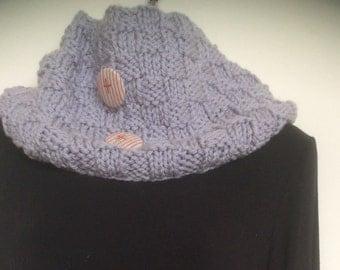 WOOLLEN COWL, hand knit in Australian wool, Beautiful in Fashionable Grey