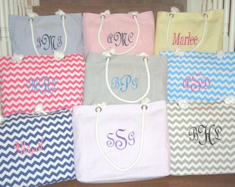 8 Personalized Totes, Bridesmaid Gift Seersucker or Chevron Totes **SALE**, Bridesmaids, Gifts for Wedding Party, Mother of the Bride Groom