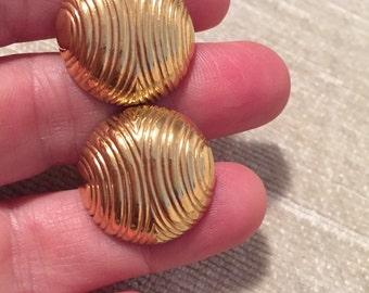 Gold Wave Button Screw Adjust Vintage PIERRE CARDIN Clip Earrings