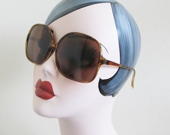 25% OFF SALE Vintage ladies Sunglasses / PRIMETTA Classic Chunky Large Style Woman's Aviator Summer Shades Glasses West Germany