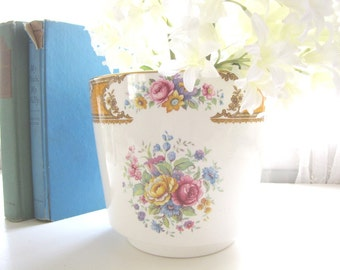 Vintage Wedgwood Cache Pot Planter Vase Enoch Wedgwood Tunstall from AllieEtCie
