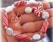 Christmas Bracelet, Christmas Jewelry, Peppermint Swirl  Polymer Clay Bracelet