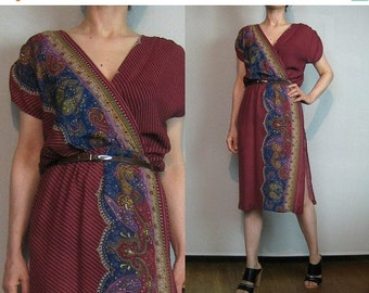 SUMMER SALE 70s STRIPED Paisley Wrap Vintage V Neck Faux Wrap Cross Over Wine Maroon Burgundy Blue Sage Green Purple Rayon Dress xs Small s/