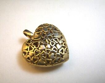 Chunky Gold Filigree Heart Pendant
