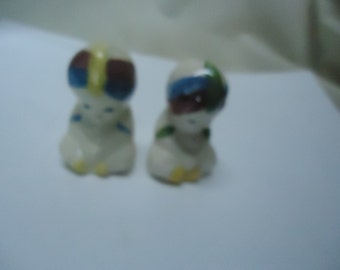 Vintage Genie With Turban Salt or Pepper Shakers, collectable, no stoppers
